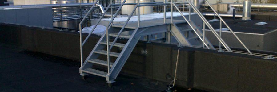 Plaatsen RVS trappen